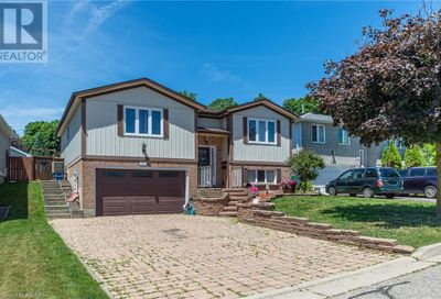 20 Costain Court Kitchener ON N2N3A5
