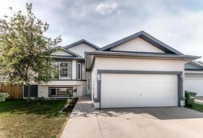 124 Willowbrook Close Airdrie AB T4B2J5
