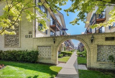 5151 N East River Road Chicago IL 60656