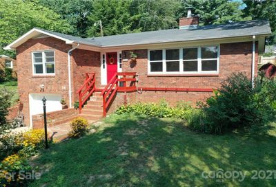 34 Chapel View Drive Clyde NC 28721