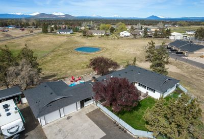 711 NW 29th Street Redmond OR 97756