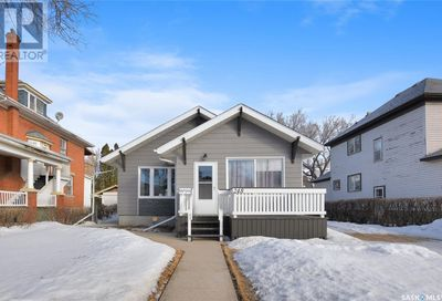 248 Athabasca ST W Moose Jaw SK S6H2B9