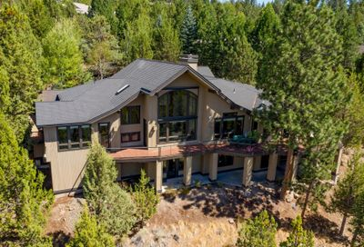 2953 NW Fitzgerald Court Bend OR 97703