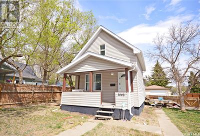 1003 Connaught AVE Moose Jaw SK S6H4B4