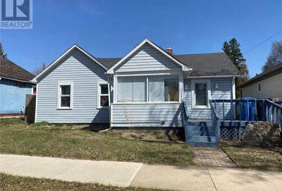 1272 96th ST North Battleford SK S9A0H1