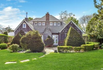 36 Deforest West Islip NY 11795