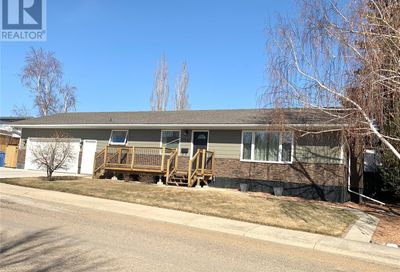 11142 Dunning CRES North Battleford SK S9A3M8