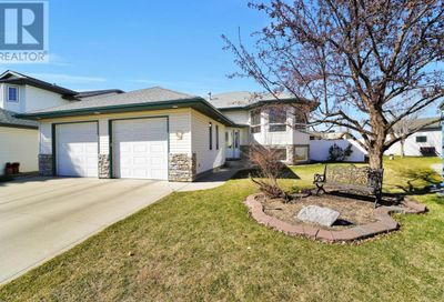 124 Archibald Crescent Red Deer AB T4R2X3