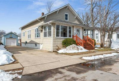22 Gordon Place Freeport NY 11520