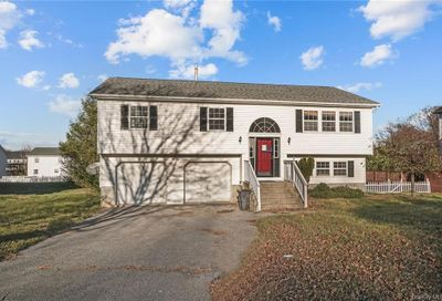 39 Wavey Willow Lane Montgomery NY 12549