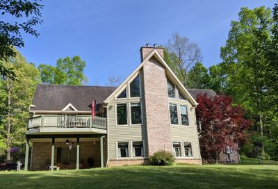 380 Secluded Ln Tullahoma TN 37388