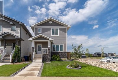 1758 11th AVE NW Moose Jaw SK S6J0B3
