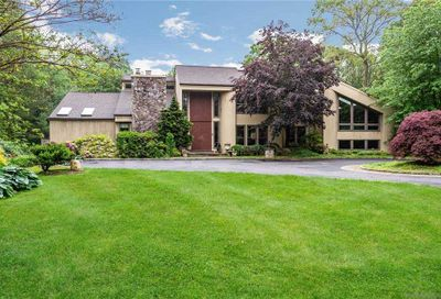 6 Bridle Court Oyster Bay Cove NY 11771