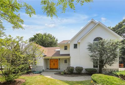 12 Chaparral Road Clarkstown NY 10954