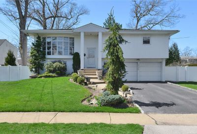 525 Forest Avenue Woodmere NY 11598