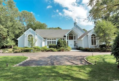 6 Winchester Drive Muttontown NY 11545