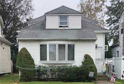 1746 Dannet Place East Meadow NY 11554