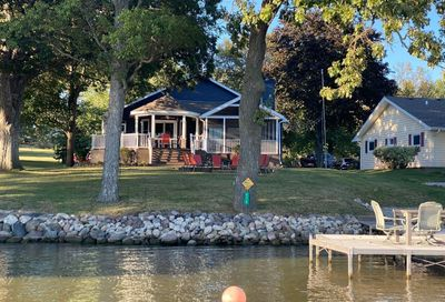 273 Easy Street Lake Holiday IL 60552