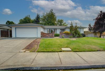 539 Golf View Drive Medford OR 97504