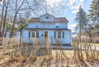 264 Schenck Avenue Great Neck NY 11021