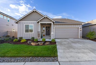 2520 NW Elm Place Redmond OR 97756