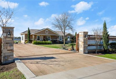 143 Forest Lake Drive Del Valle TX 78617