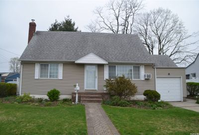 278 Hillcrest Drive Seaford NY 11783