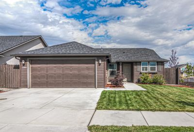 2503 NW Ivy Avenue Redmond OR 97756