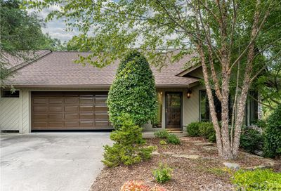 2102 Timber Place Asheville NC 28804