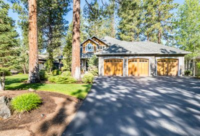 60819 Currant Way Bend OR 97702
