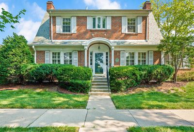 7200 Greenfield Street River Forest IL 60305