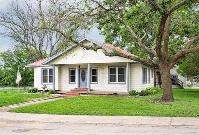 207 College Avenue Florence TX 76527