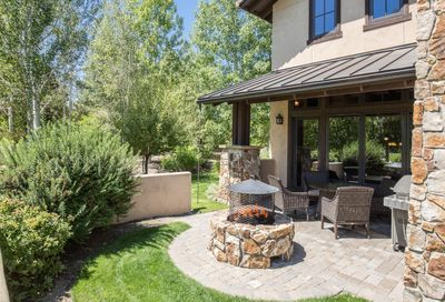 65690 Adventure Ct Bend OR 97701