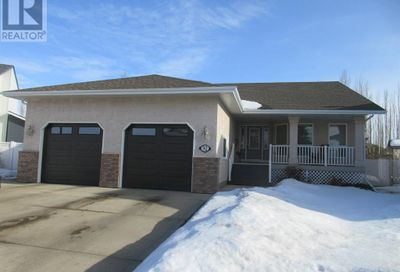 92 Ahlstrom Close Red Deer AB T4R2T8