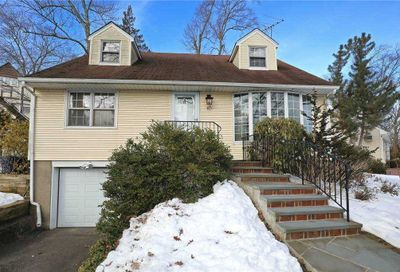 10 York Drive Great Neck NY 11021