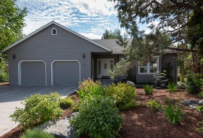 998 NE Francis Court Bend OR 97701