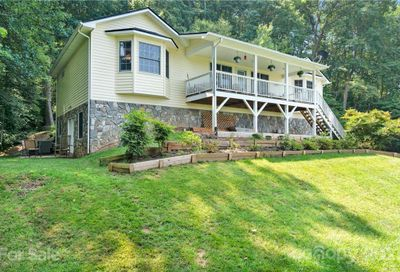 760 Redfield Drive Clyde NC 28721