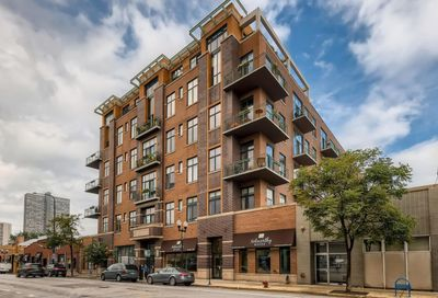 3631 N Halsted Street Chicago IL 60613