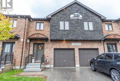 43 Madelaine Drive Barrie ON L9J0G8
