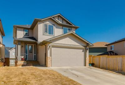 102 Bayview Street Airdrie AB T4B3V1
