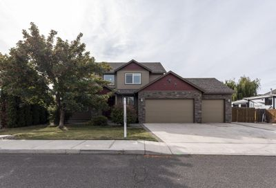 2144 NW Quince Place Redmond OR 97756