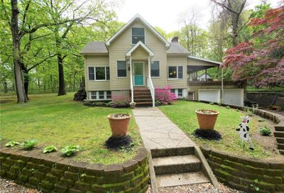 8 Old Rocky Point Road Miller Place NY 11764