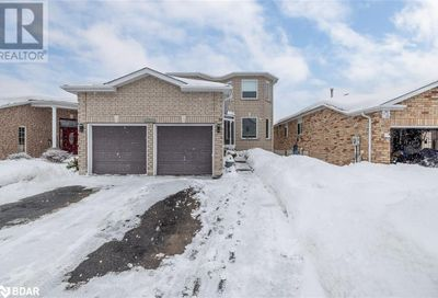 79 Jagges Drive Barrie ON L4N0W7