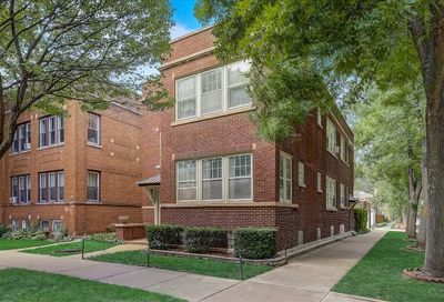 5658 N Campbell Avenue Chicago IL 60659