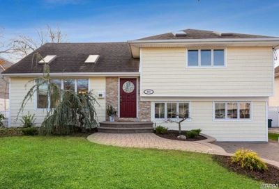 151 Concord Avenue Oceanside NY 11572