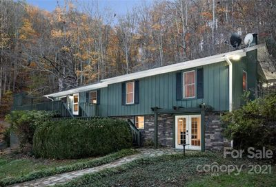 70 Dry Spring Road Candler NC 28715