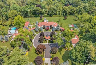 15 Tennis Court Road Oyster Bay Cove NY 11771