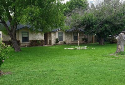 204 Hycrest Drive Hutto TX 78634