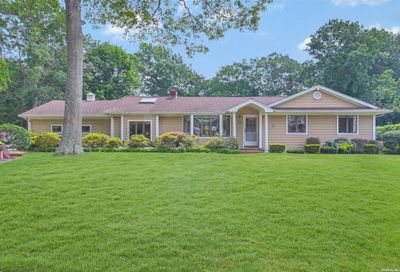 281 Tyler Avenue Miller Place NY 11764
