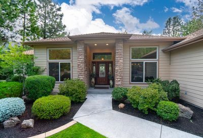 2784 NW Fairway Heights Drive Bend OR 97703